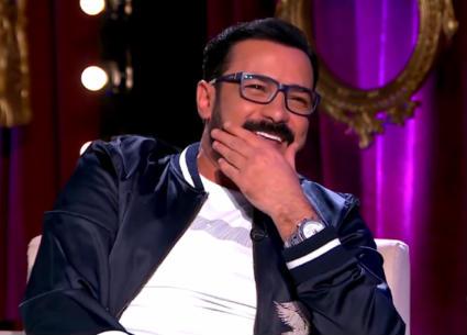 محمد رجب يحكي قصة طرده من تصوير فيلم بعد تسلله وسط الممثلين