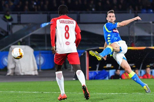 أهداف فوز نابولي على سالزبورج 3-0 بالدوري الأوروبي