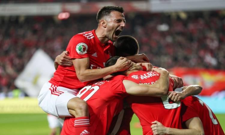 شاهد أهداف فوز بنفيكا على دينامو زغرب 3-0 بالدوري الأوروبي