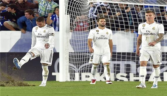 أهداف فوز فالنسيا على ريال مدريد 2-1