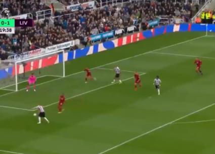 أهداف فوز ليفربول على نيوكاسل 3-2