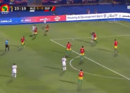 هدف تقدم الجزائر على غينيا