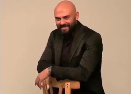 فيديو - أحمد صلاح حسني ببذلة أنيقة في جلسة تصوير مجلة Insight