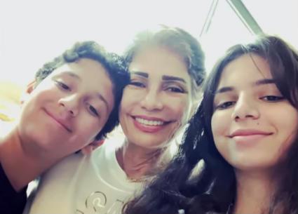 سوسن بدر تكشف رد فعل ابنتها وحفيدتها على إطلالتها الجديدة