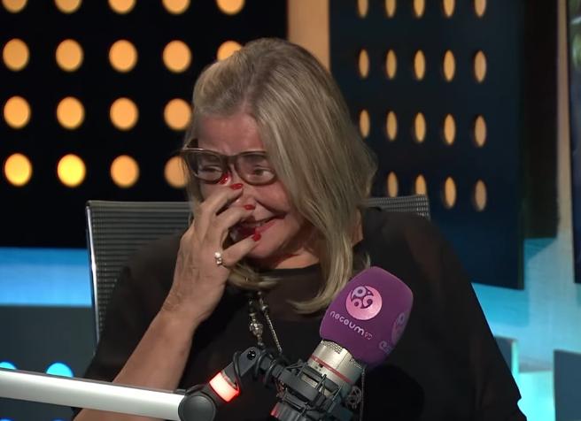 مها أبو عوف تبكي بسبب أمنية عزت أبو عوف الأخيرة