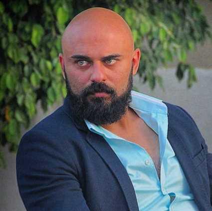 الحب الآخر في حياة أحمد صلاح حسني