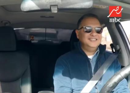 شريف عامر سائق تاكسي لأول مرة