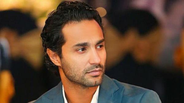 كريم فهمي يعلق على مقارنة فيلمه مع فيلم محمد هنيدي الجديد