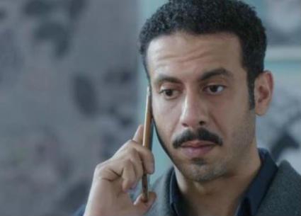 """إسعاد يونس لمحمد فراج: جيلكم كله """"فراودة"""""""