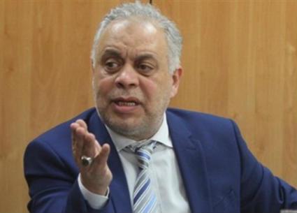 أشرف زكي يكشف مصير مقتنيات أحمد زكي