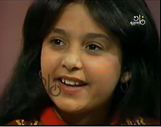 """لقاء نادر - الطفلة صابرين تغني للفنانة """"طنط وردة"""""""