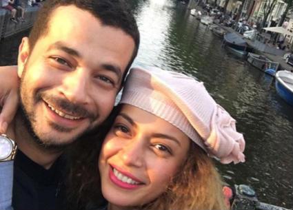 داليا مصطفى توضح سبب بكائها يوم فرحها