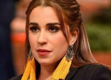 فكرت في الانتحار..أسما شريف منير عن أزمة الشيخ الشعراوي