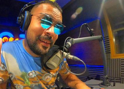 """خالد عليش: حفلة كورونا على """"جروب الماميز"""""""