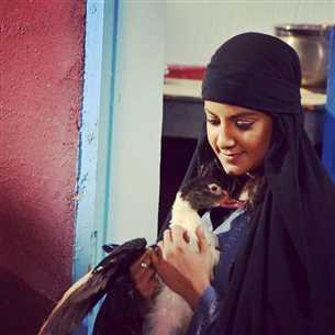 """ياسمين علي تشرح كيف تعلمت لهجة الصعيد في """"بنت القبائل"""""""