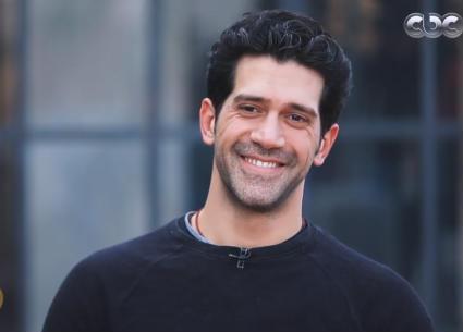 أحمد مجدي يشرح تأثير ممارسة اليوجا عليه