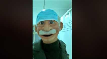 """""""أنا مش بتعدي""""..أغنية جديدة للدمية """"دكتور ألفونس"""""""