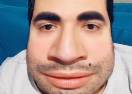 محمد أنور يشيد بقدرة تحمله أسبوعين في المنزل