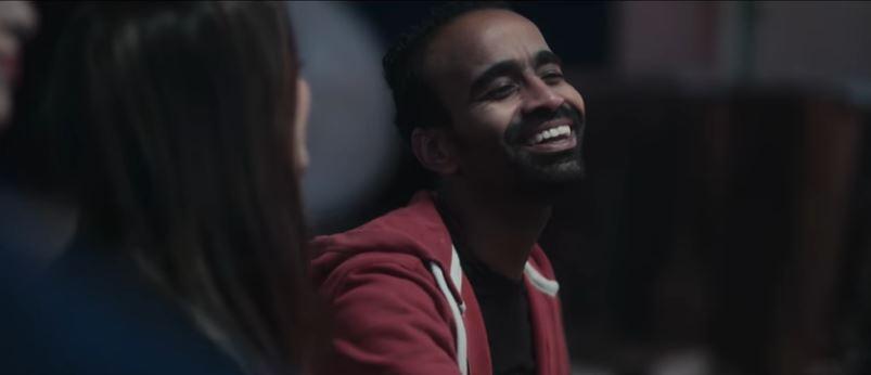 فيديو- محمود الليثي يغني لحظر التجول