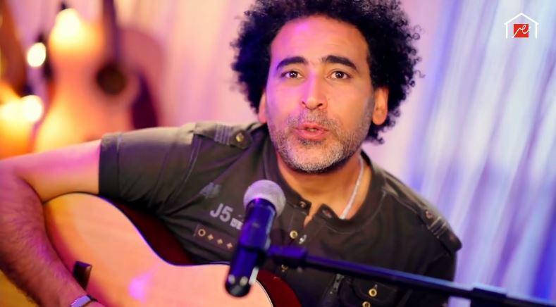 """مصطفى شوقي """"وحشتوني"""" في حفل شم النسيم من البيت"""