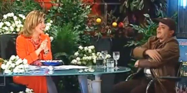 لقاء نادر- والدة محمد هنيدي تفاجئه بمداخلة هاتفية على الهواء